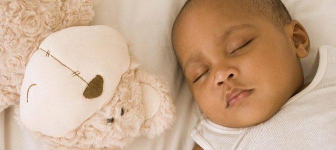 10 Conseils pour que bébé puisse faire correctement ses Nuits