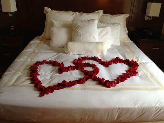 Idées Déco Pour La Saint Valentin Femastuces Lastuce Au Féminin - Romantiques idees de decoration de chambre pour saint valentin